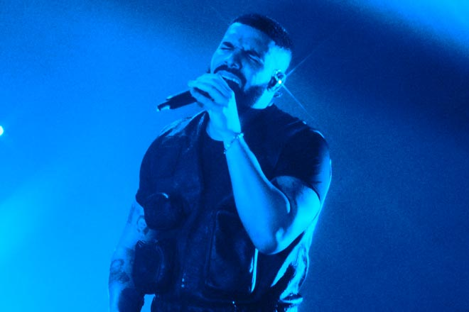 Drake receives keys to The O2 after record-breaking